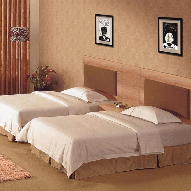 Customized Bedroom Wooden Hotel Furniture Suppliers