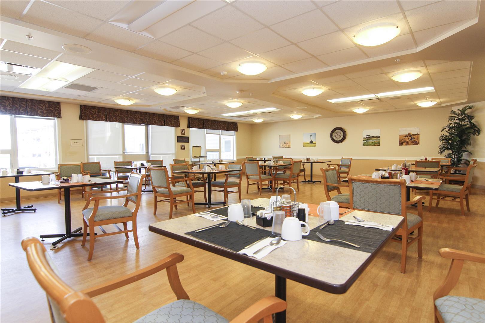 comfortable senior living furniture at discount custom made room decoration-1